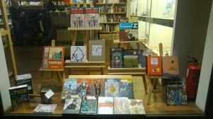 escaparate tienda de libros
