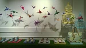 origami en la decoracion de escaparates